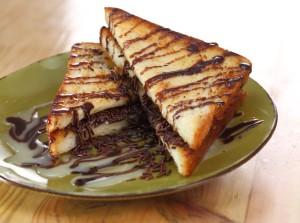 roti-bakar-manis-gurih-resto-yohanes-chandra-ekajaya